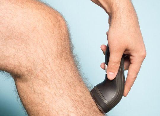 Man-Shaving-Hair-Leg-bigstock-900x470
